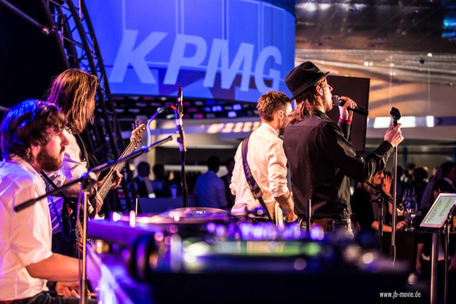 26.02.2016: KPMG