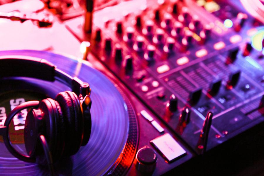 Hochzeitsband oder DJ?